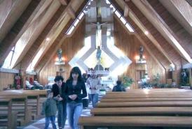 biserica-catolica-interior-1_516eab0e7e72f7